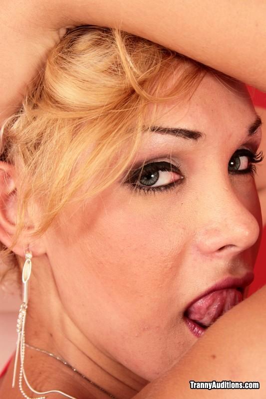 Alexia Frerie Sensual Blonde Ladyboy