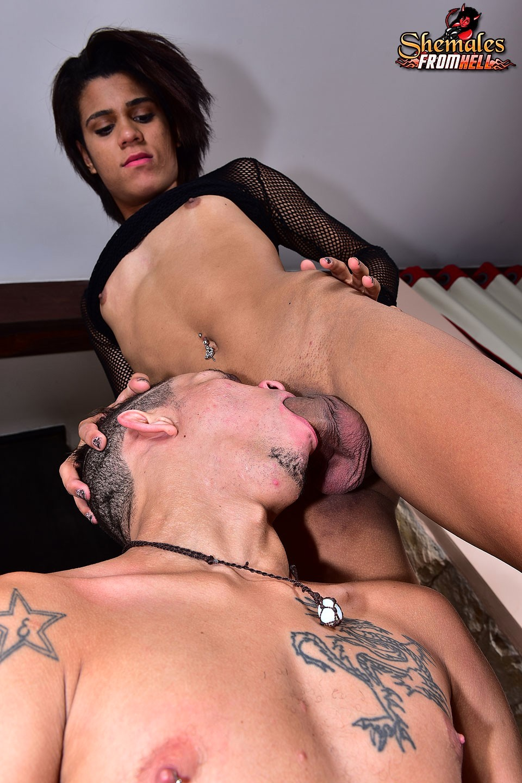 Alexia Nazario Sucks Tool