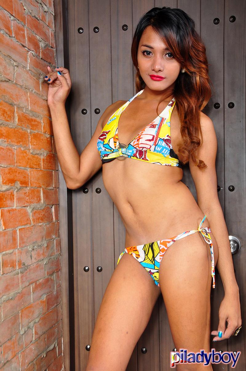 Alie Arguelles Posing In Swimsuit