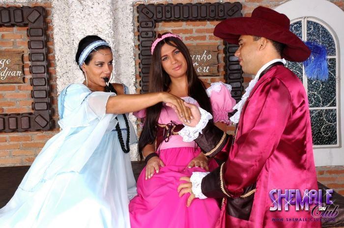 Aline Ganzarolli Sharing A Man With Her Girlfriend
