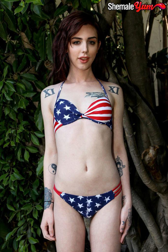 American Swimsuit Model Annabelle!