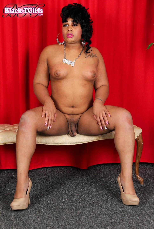 Angel Seductive TGirl Posing