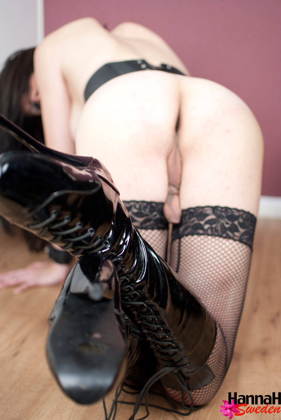 Big Breasts TS Hannah In Leather And Latex Boots