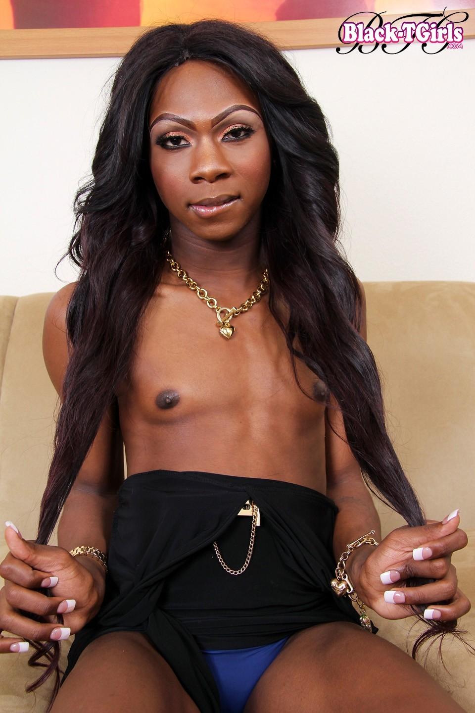 Black TGirl Kourtney Dash
