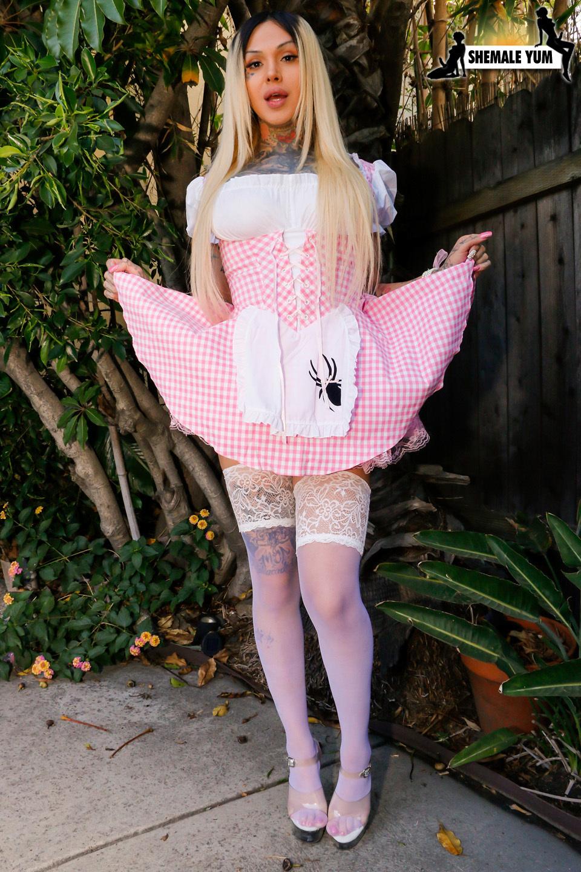 Britney Boykins Sweet Petite Shepard Girl
