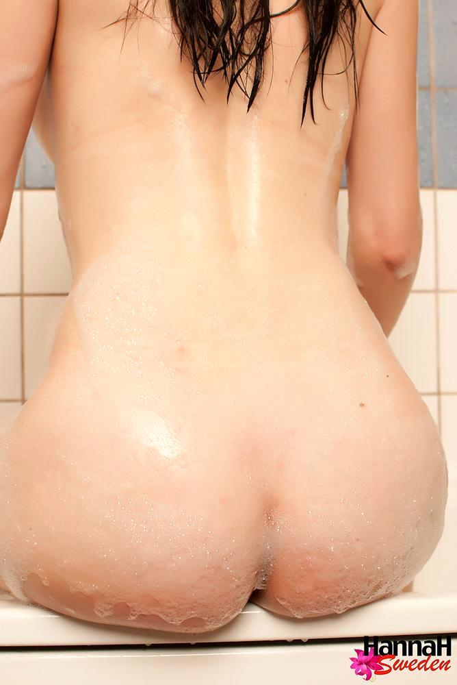brunette femboy naked in the bathtub
