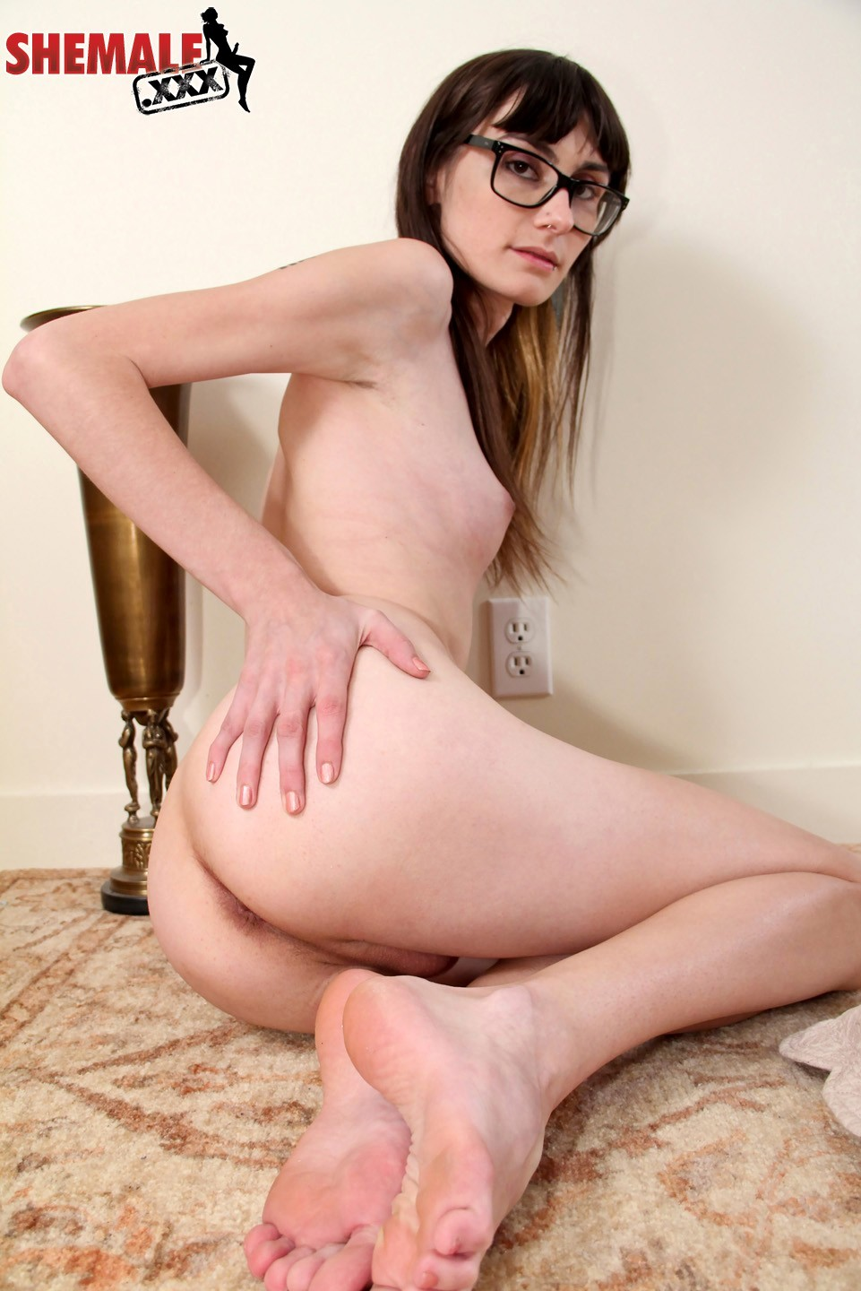 Chloe Toying Her Ass-Hole
