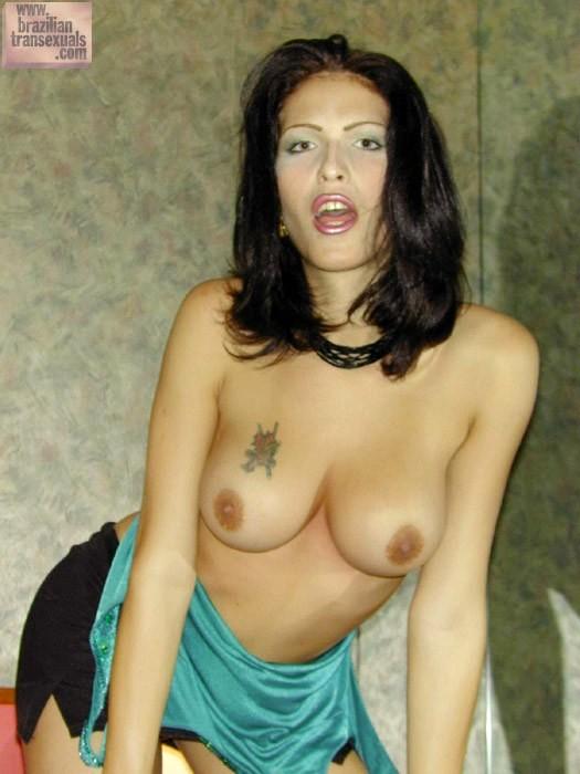 Cristina Bianchini Exposing Her Bum