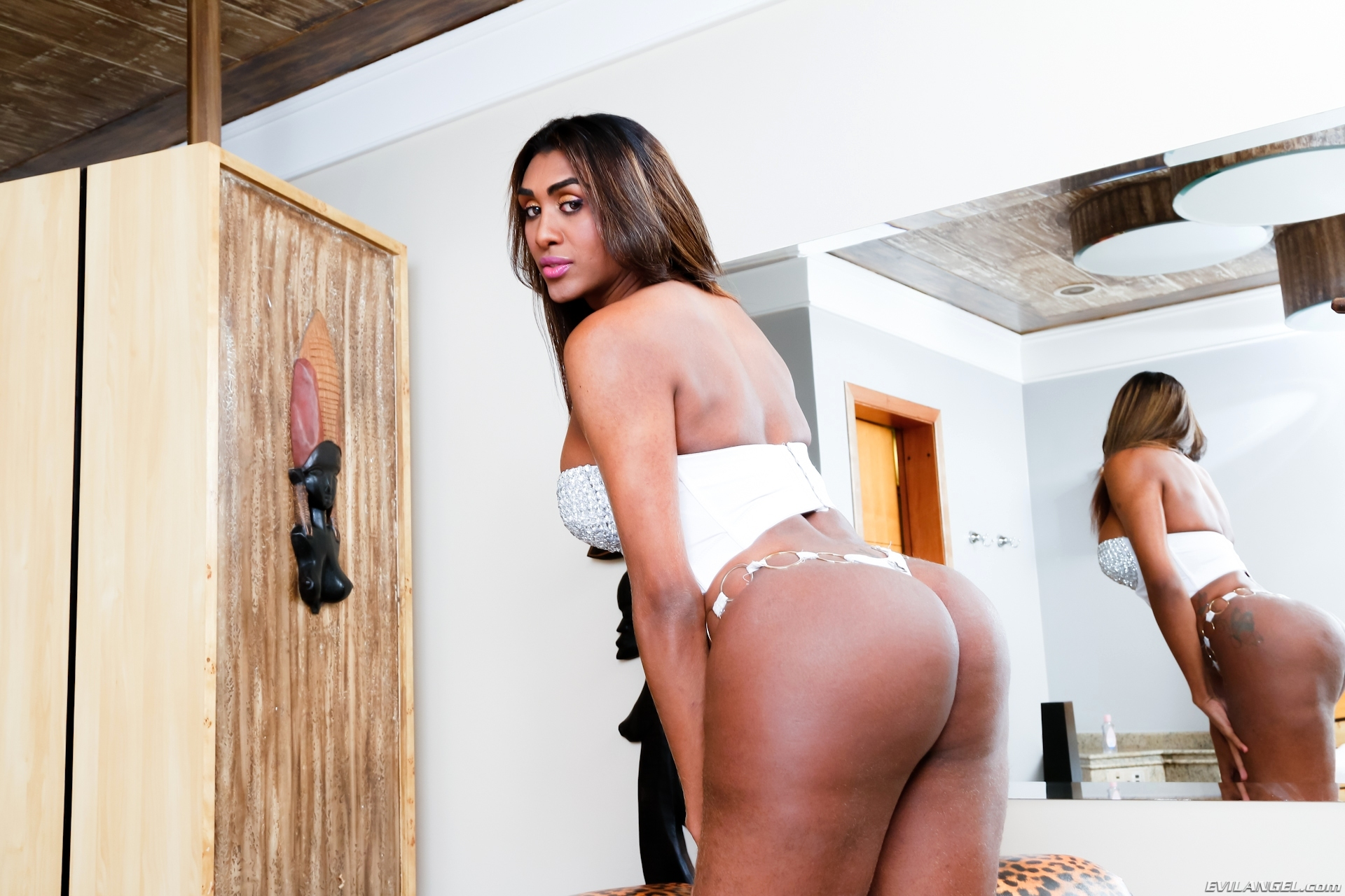 daphynne duarth sensual brazilian babe in white corset