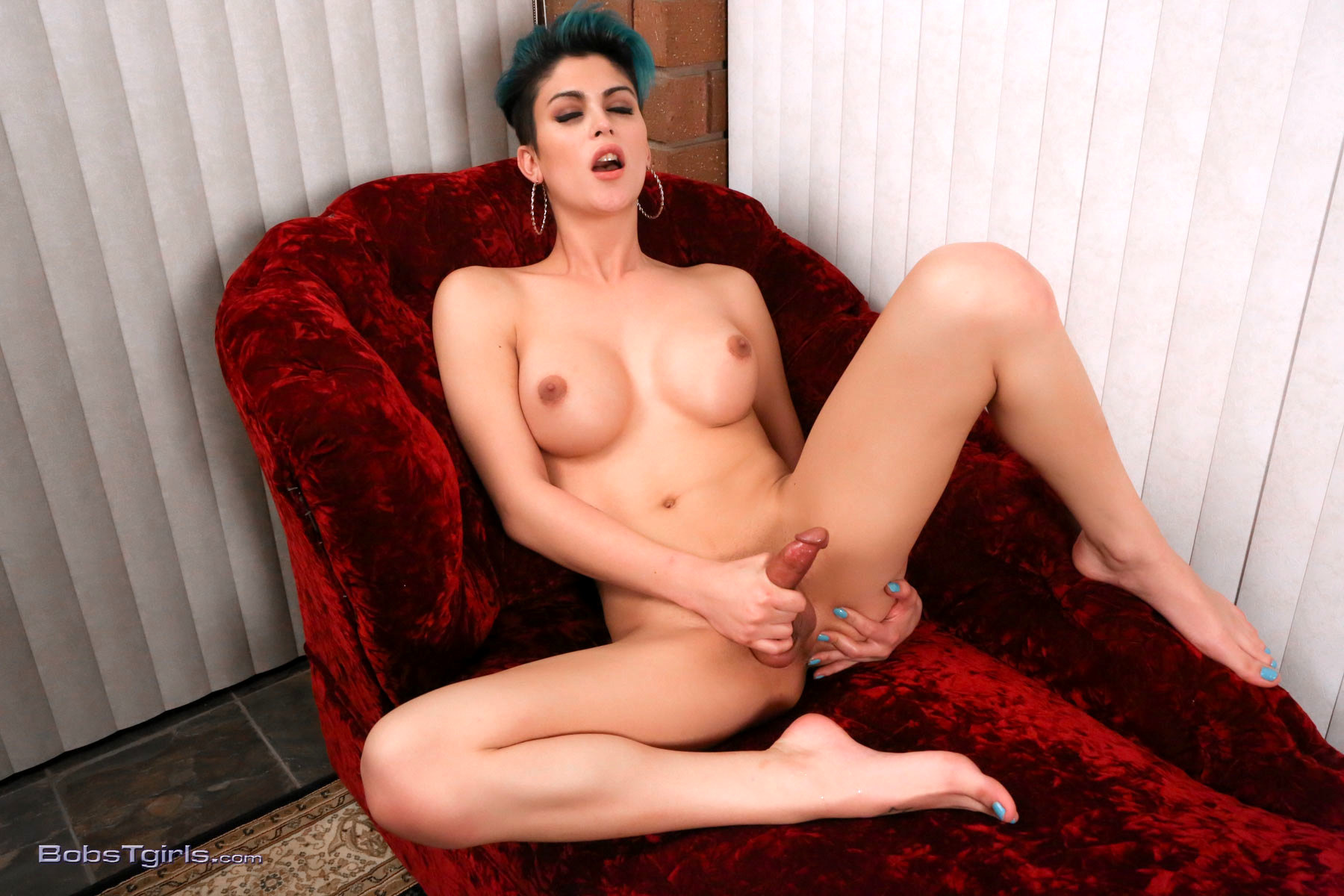 Enormous Penis Domino Spreads & Rubs