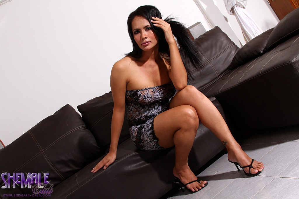 exotic angie jerks and spreads