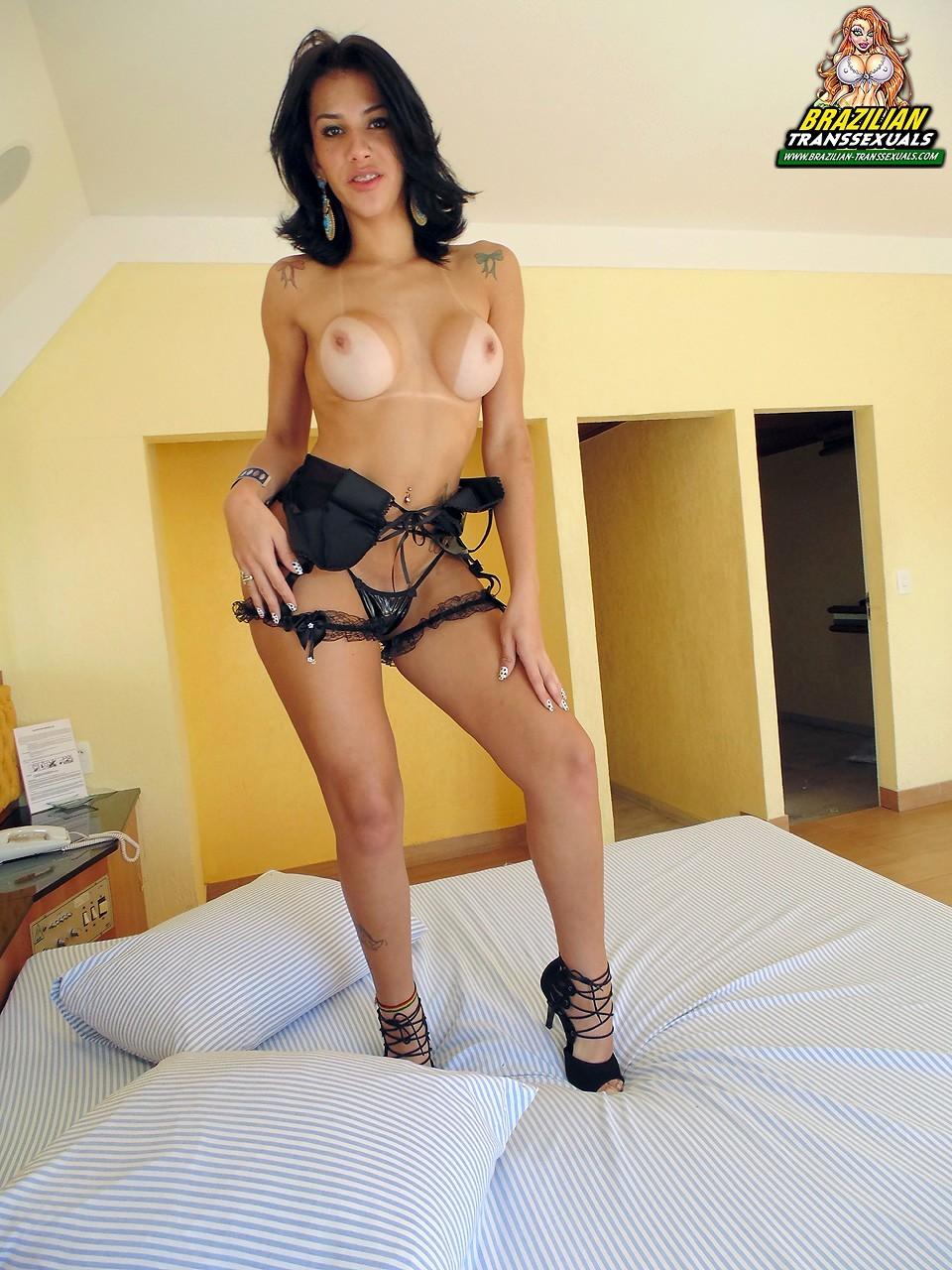 Fernanda Cristine Exposing Her Naked Tool