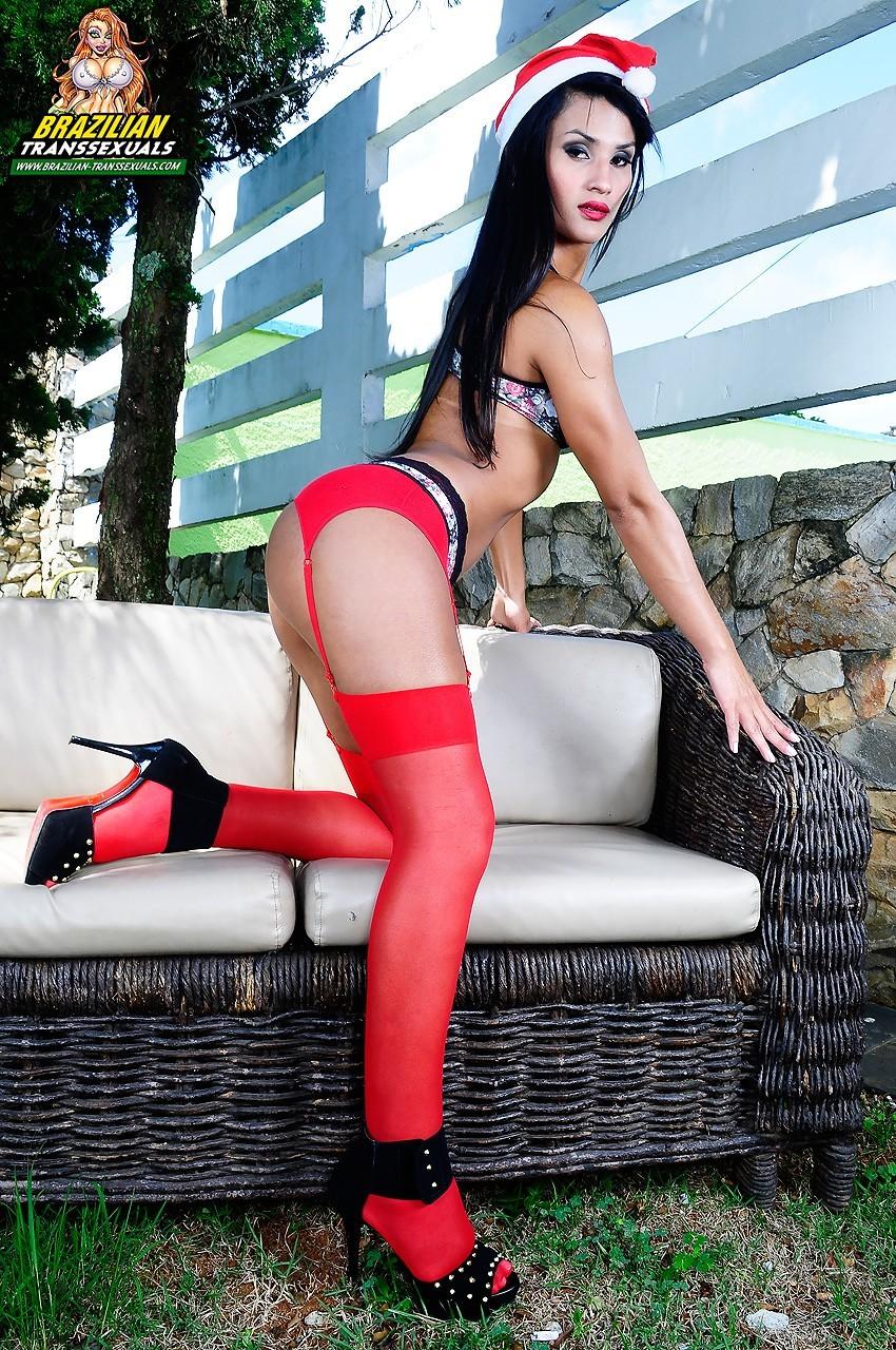 Flirtatious Santa Alinne Garcia