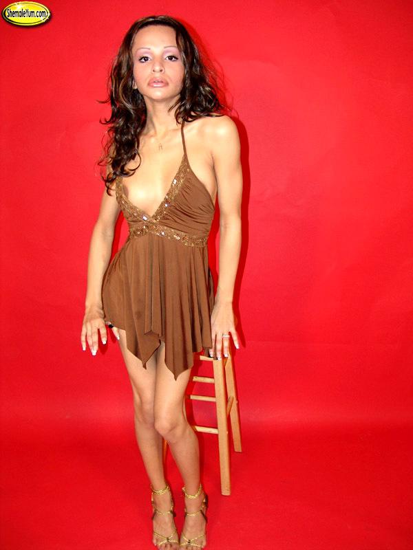 Flirtatious Simone On The Chair