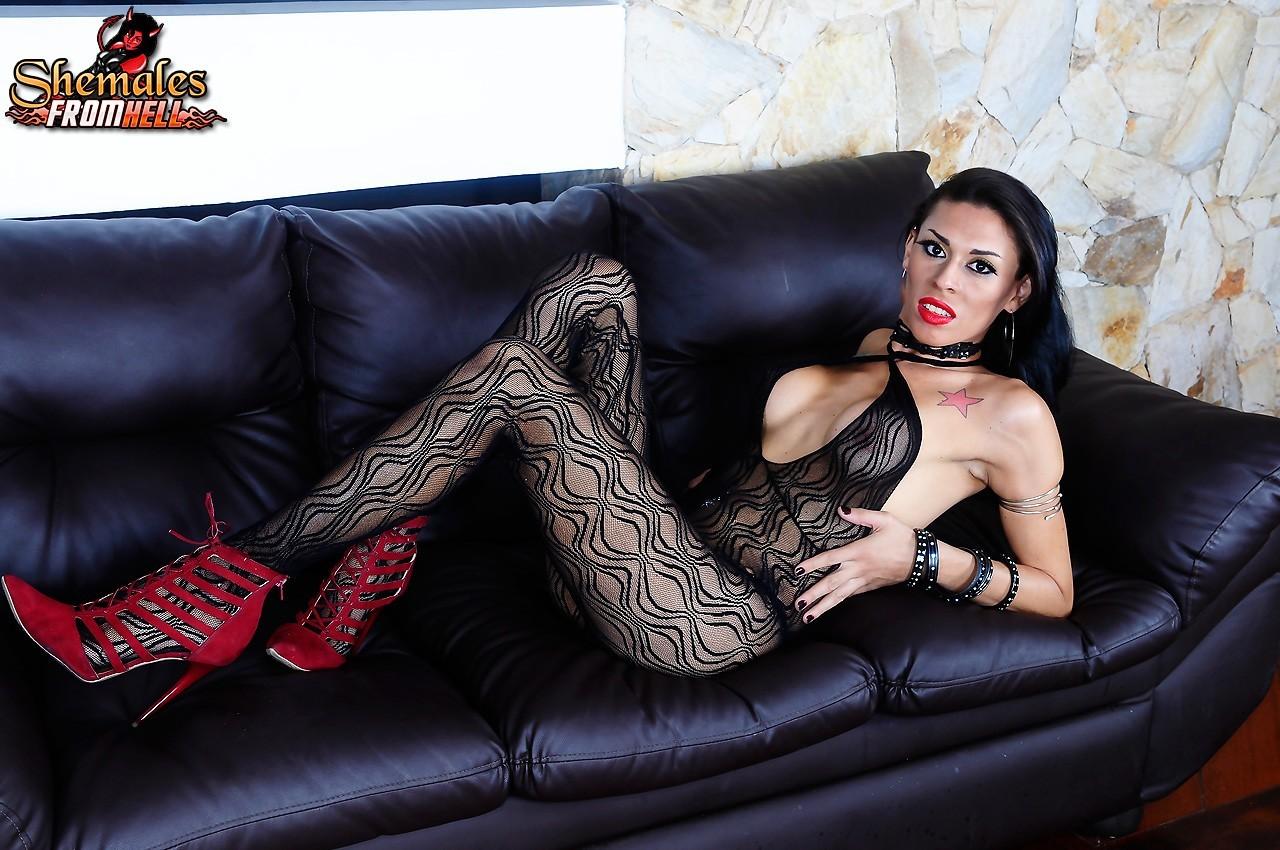 Hottie Sabrina De Castro Banging Rough And Got Her Feet Licked