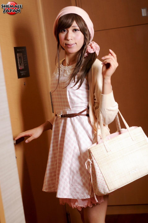 innocent newhalf lady chihiro mitsuzuka