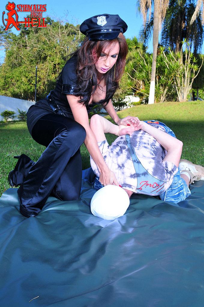 Isabelle Frazao Nailing Teen Stud