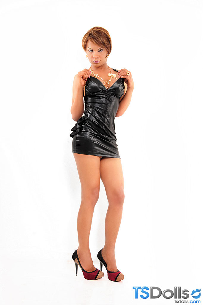 Jennfier Cortez In Sensuous Mini Dress