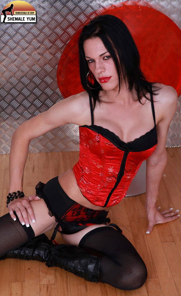 jordan jay in provoking black and red outfit