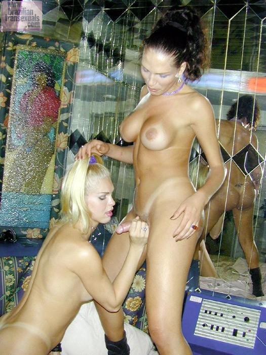 Juliana Di Primo Playing With Her TGirl Friend