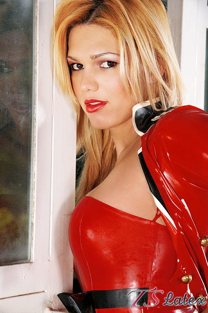 Karol Alves Desires The Rain In Red Latex And Umbrella