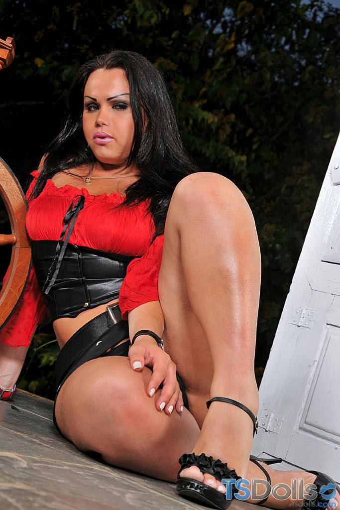 Leticia Compoy Masturbating Her Tool