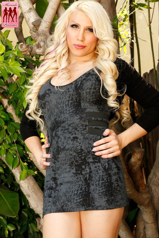 Lexa Harding Nailing Christian