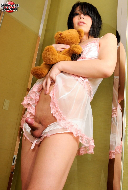 Makina Hoshinome Toying Her Asshole