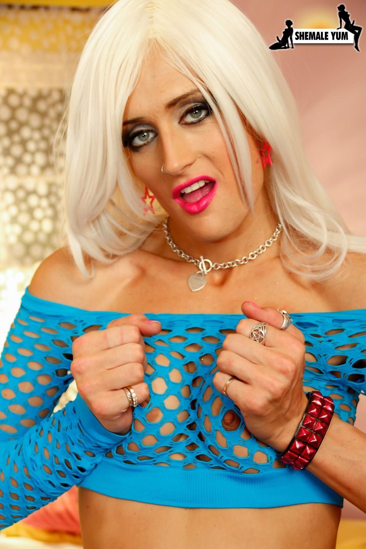 Mia Davina Teasing Her Dick