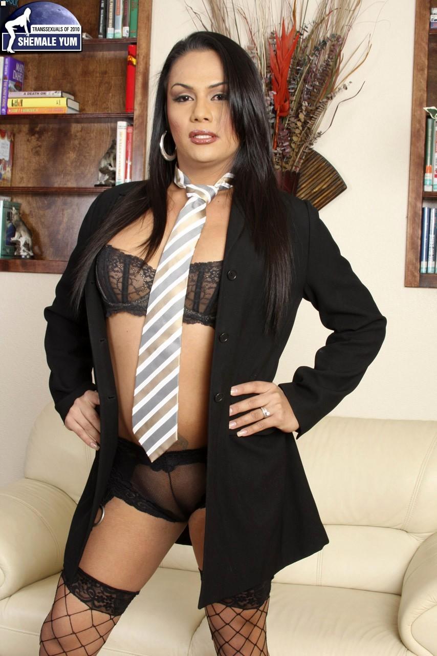 nadia onuki racy business girl with a tie