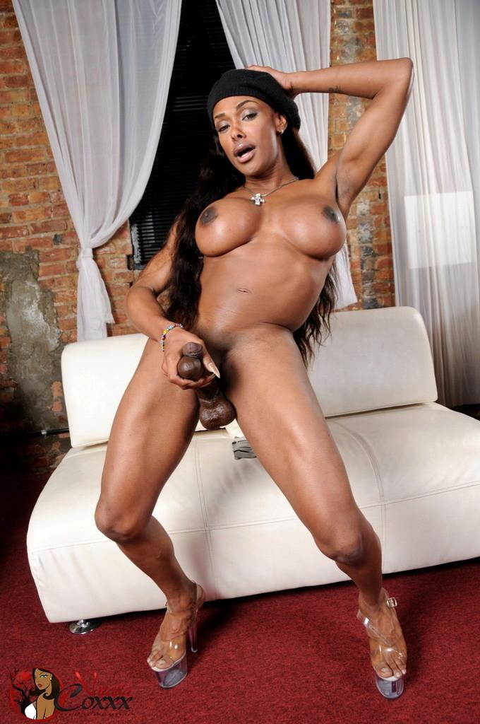 Natalia Sucking Massive Black Cocks