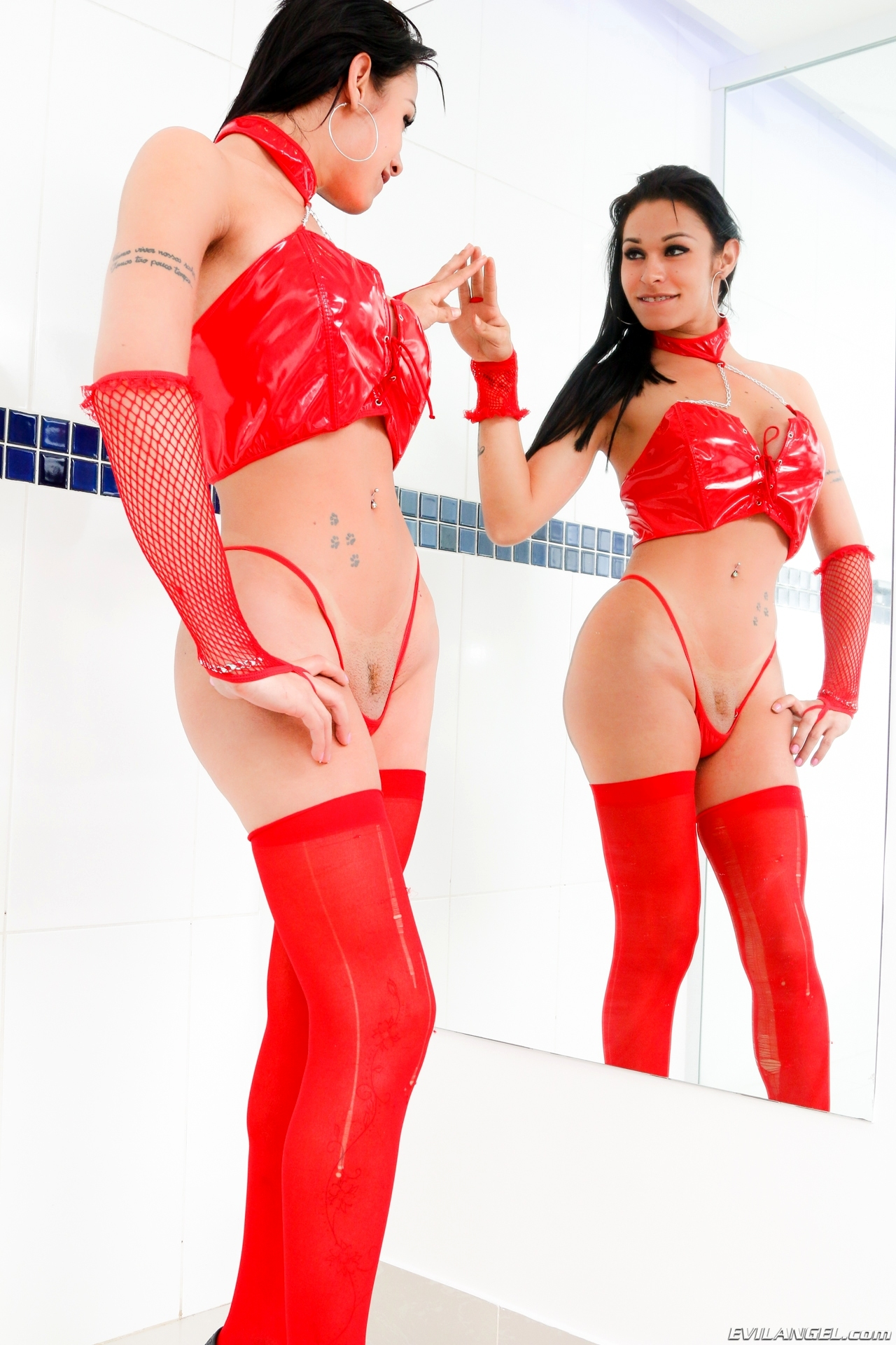 nicoly lopes in steamy red latex panties