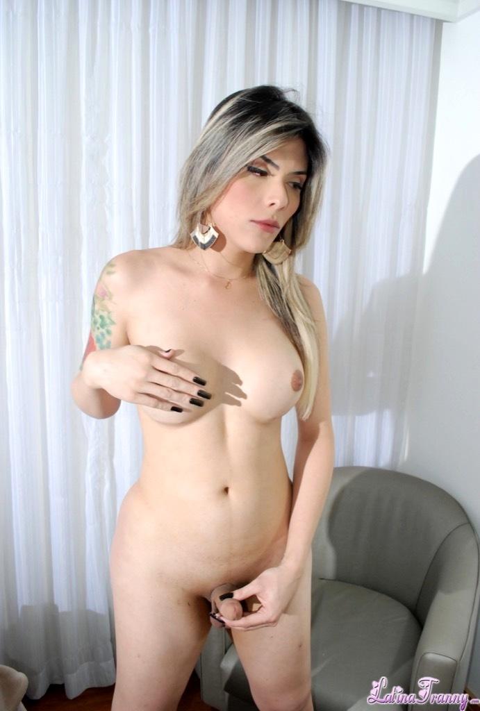 Nikki Montero And Lorena Di Castro Having Extreme Rough Sex