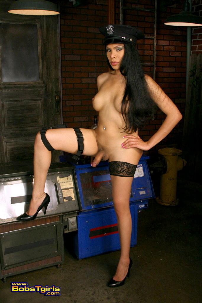 Officer Melissa Posing Her Arousing Body