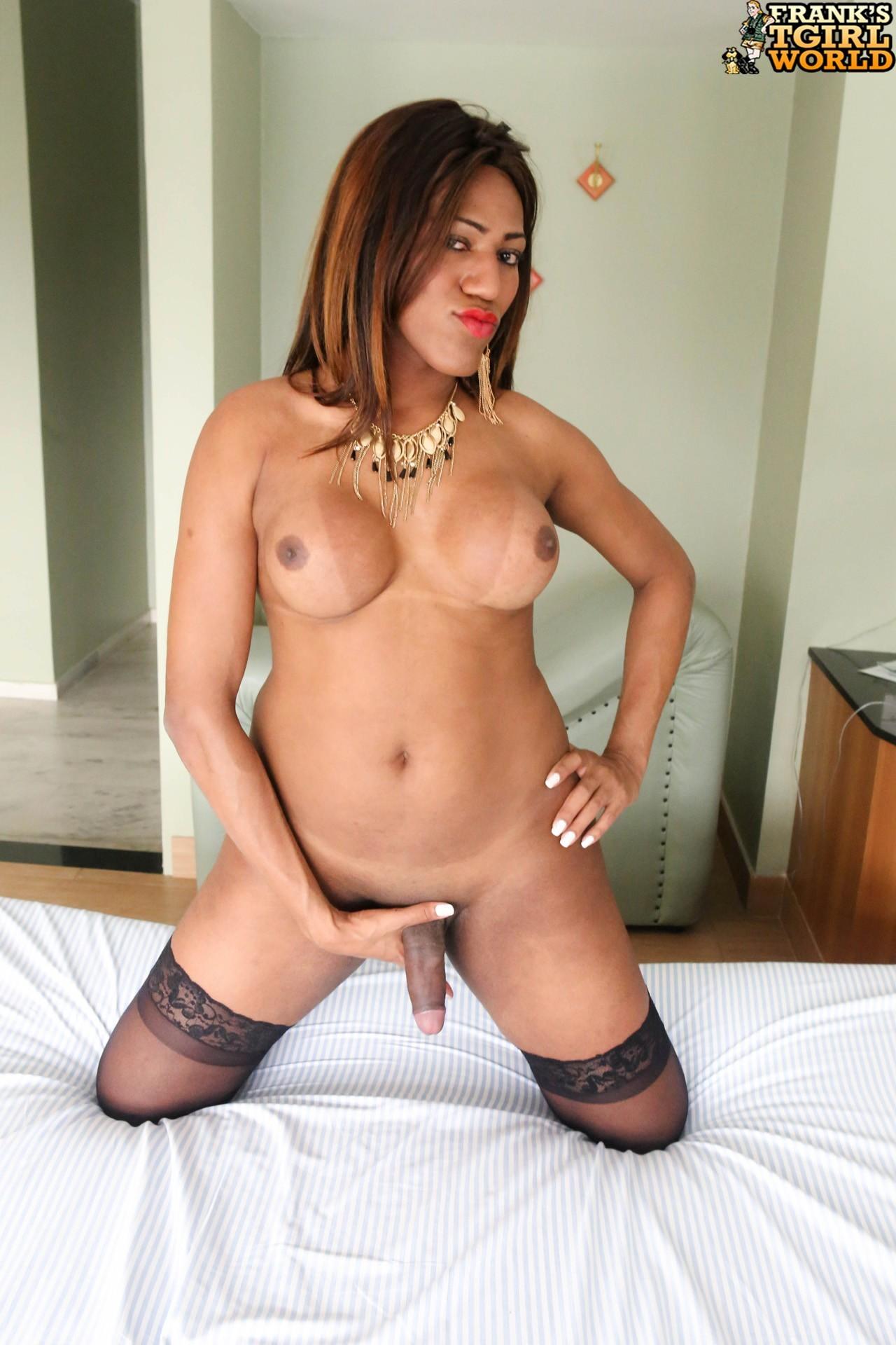 Paloma Black Racy Brazil Gata Stroking