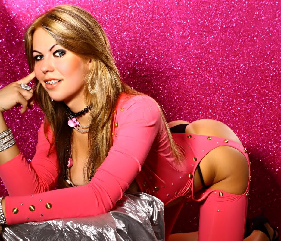 paola prado suggestive in pink