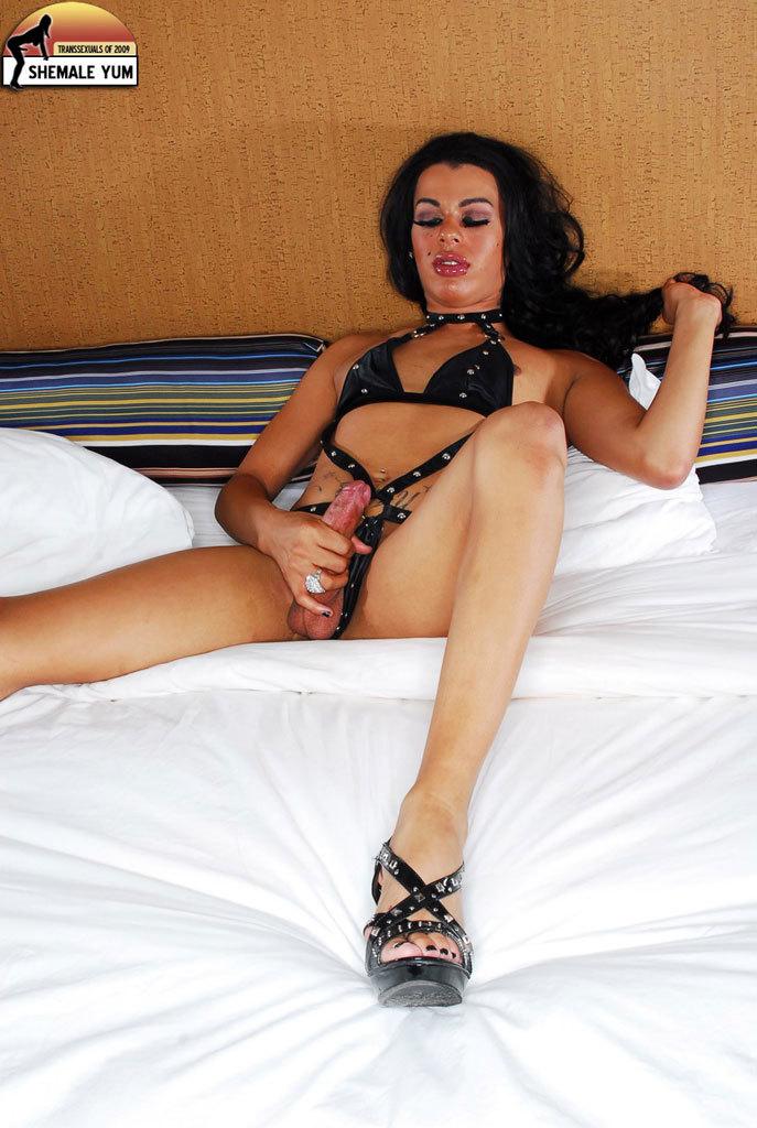Penelope Yummy Denim Shorts Babe