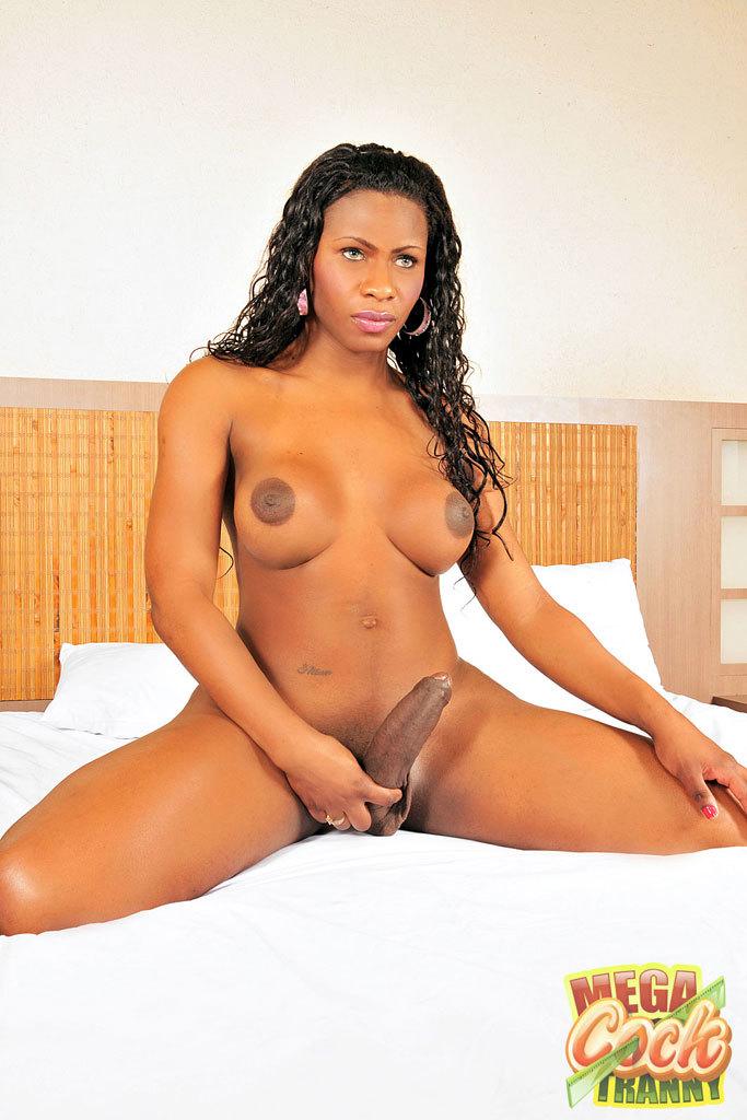 Perla Lohan Banging With Her Big Dick