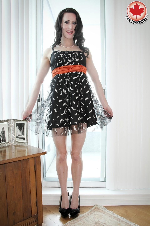 Racy Jenny Taking Her Dress Down