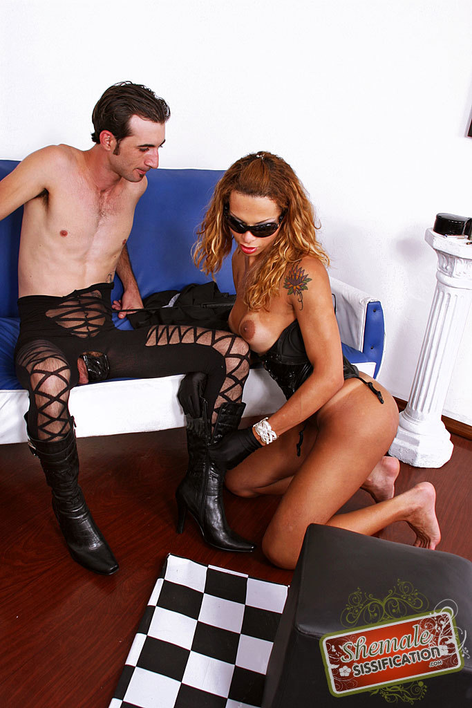 Rafaely Dubenstay Bangs Sissy Man