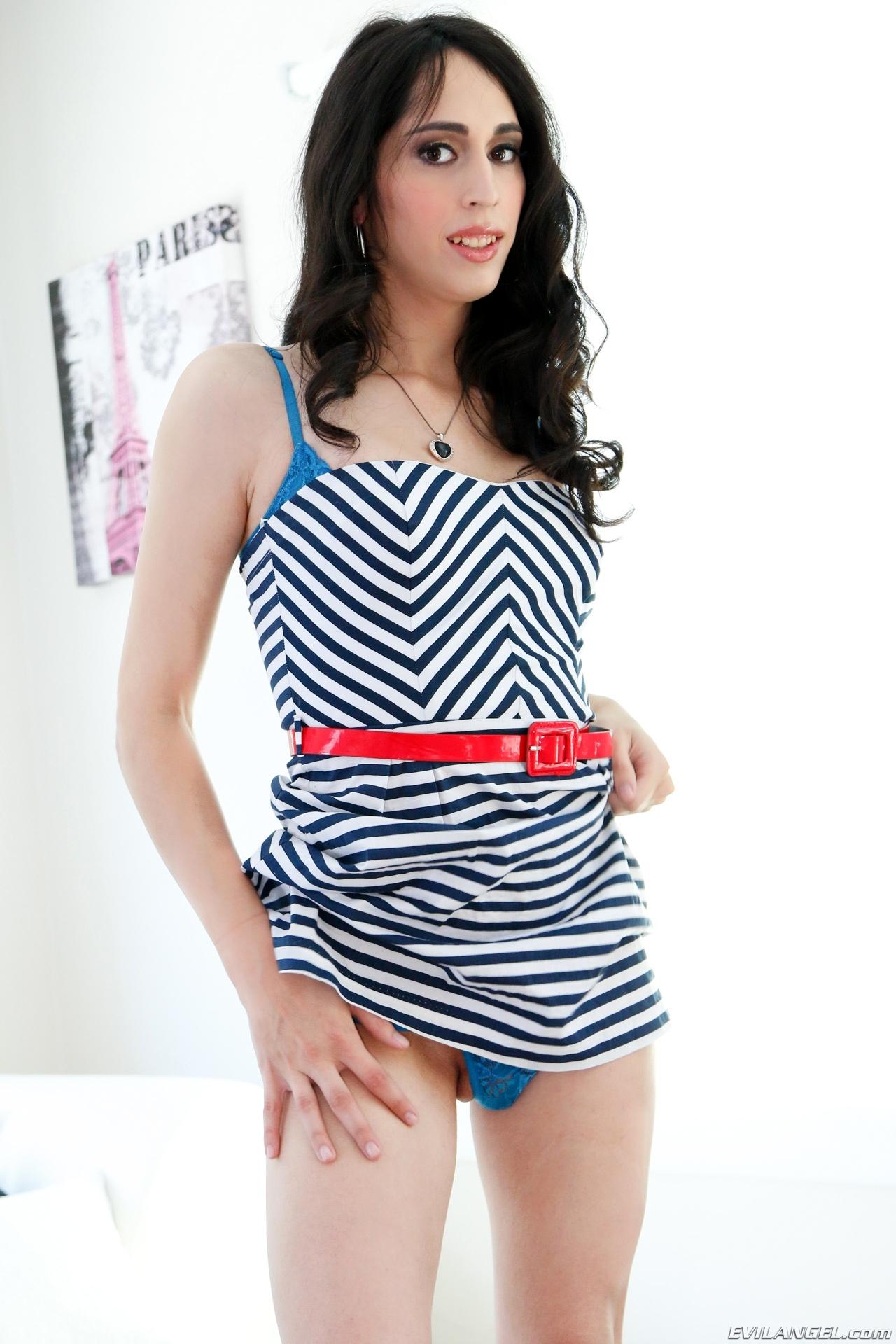 Roxxy Thorns Has Beautiful Sailor Skirt