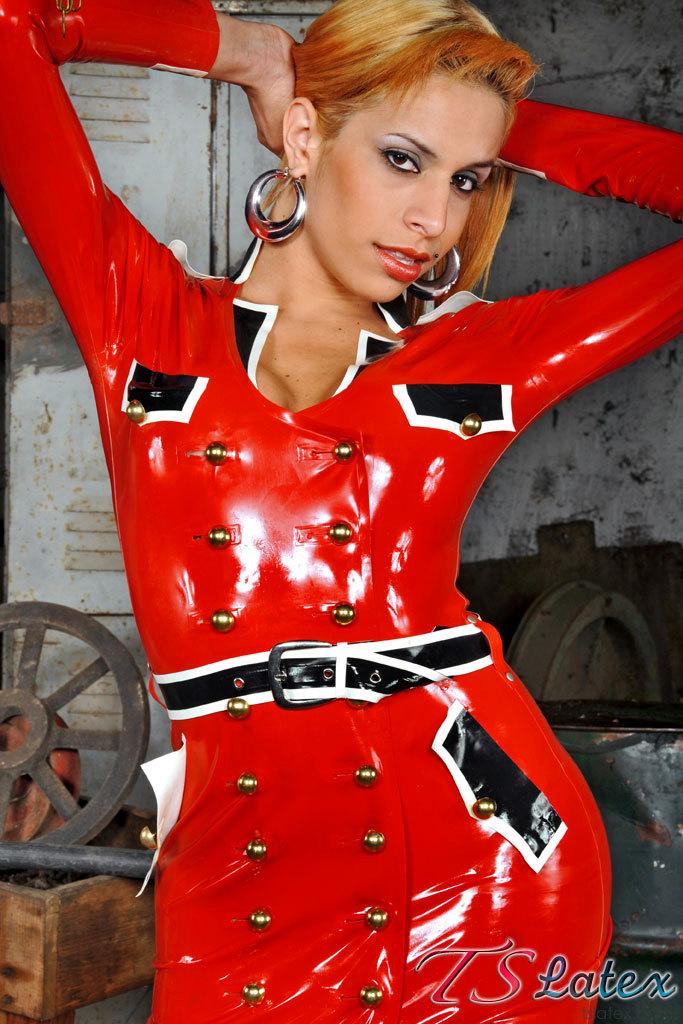 Samantha Ferraz Latex Tgirl
