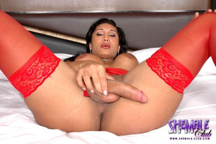 Sarah Hevyn In Super Arousing Red Stockings