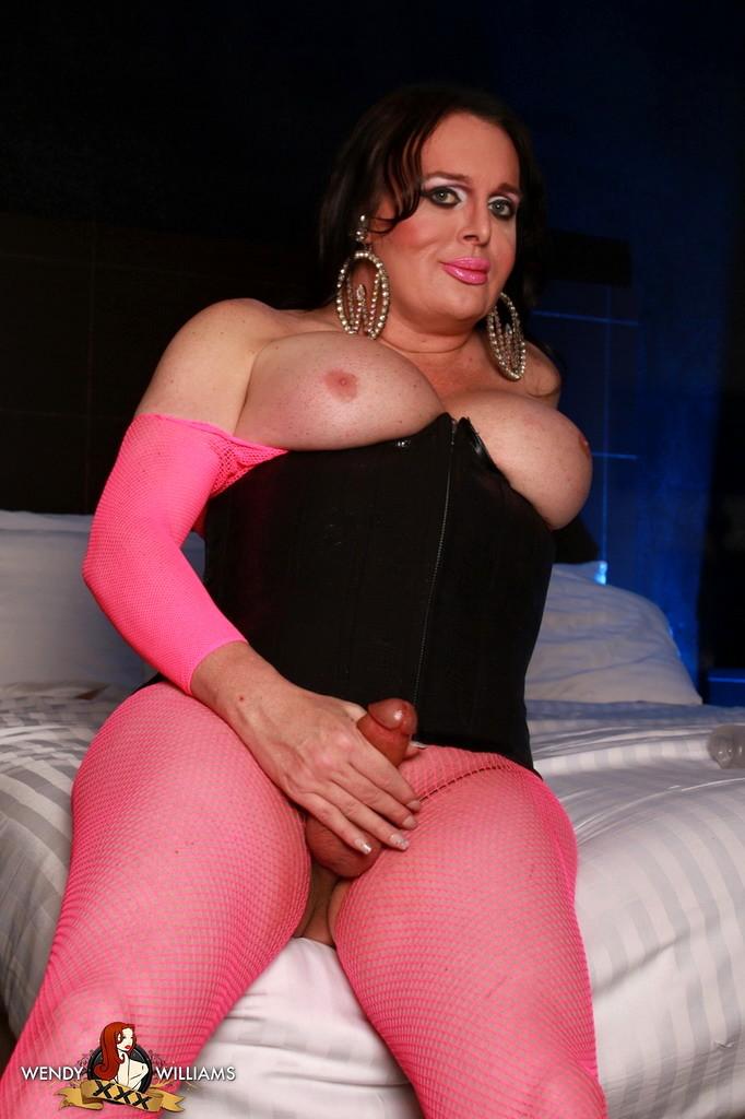 Sensual Wendy Playing In Bodysuit & Corset