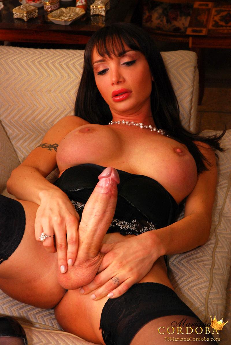 Sexy Femboy Mariana Cordoba Has An Uppercase Penis