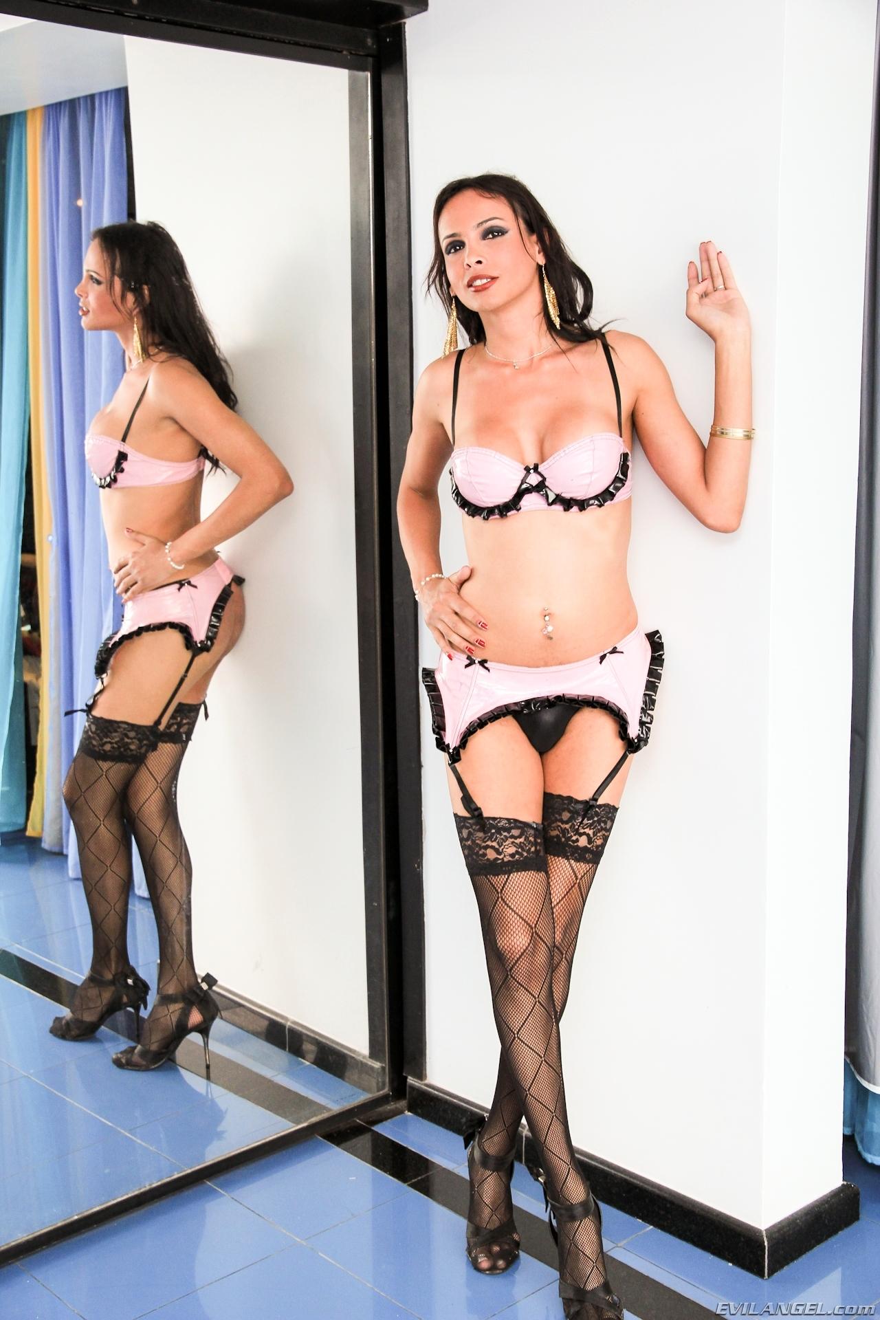 Sheron Fox In Hot Pink Panties
