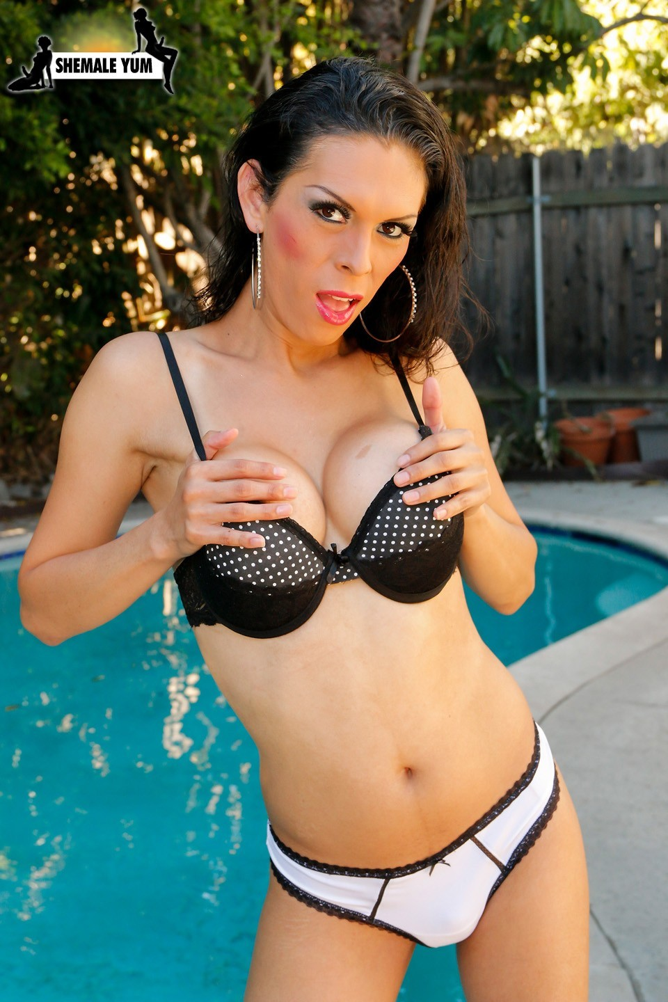 sophia lopez is voluptuous femboy babe