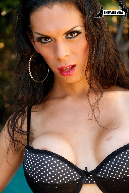 Sophia Lopez Is Voluptuous Femboy Babe
