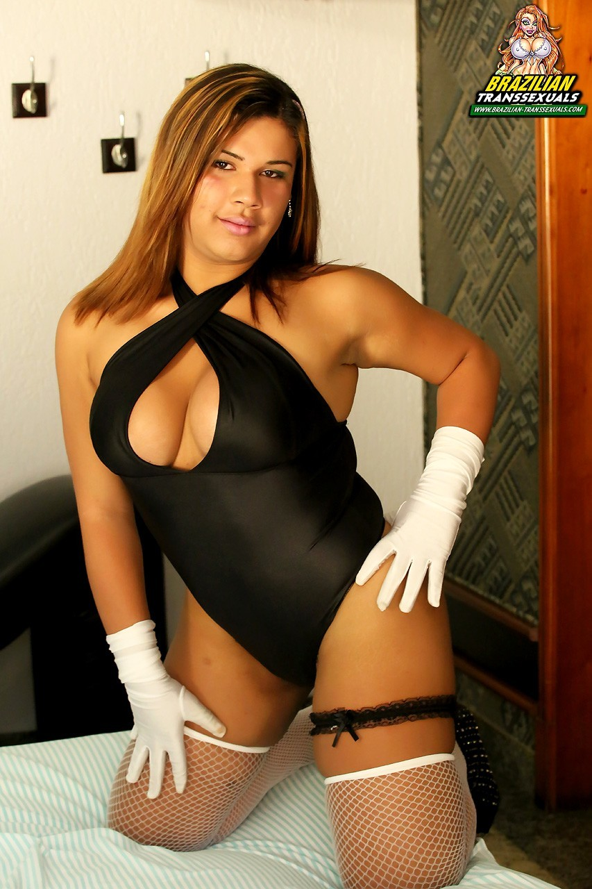 spicy julia lima posing in stockings braz