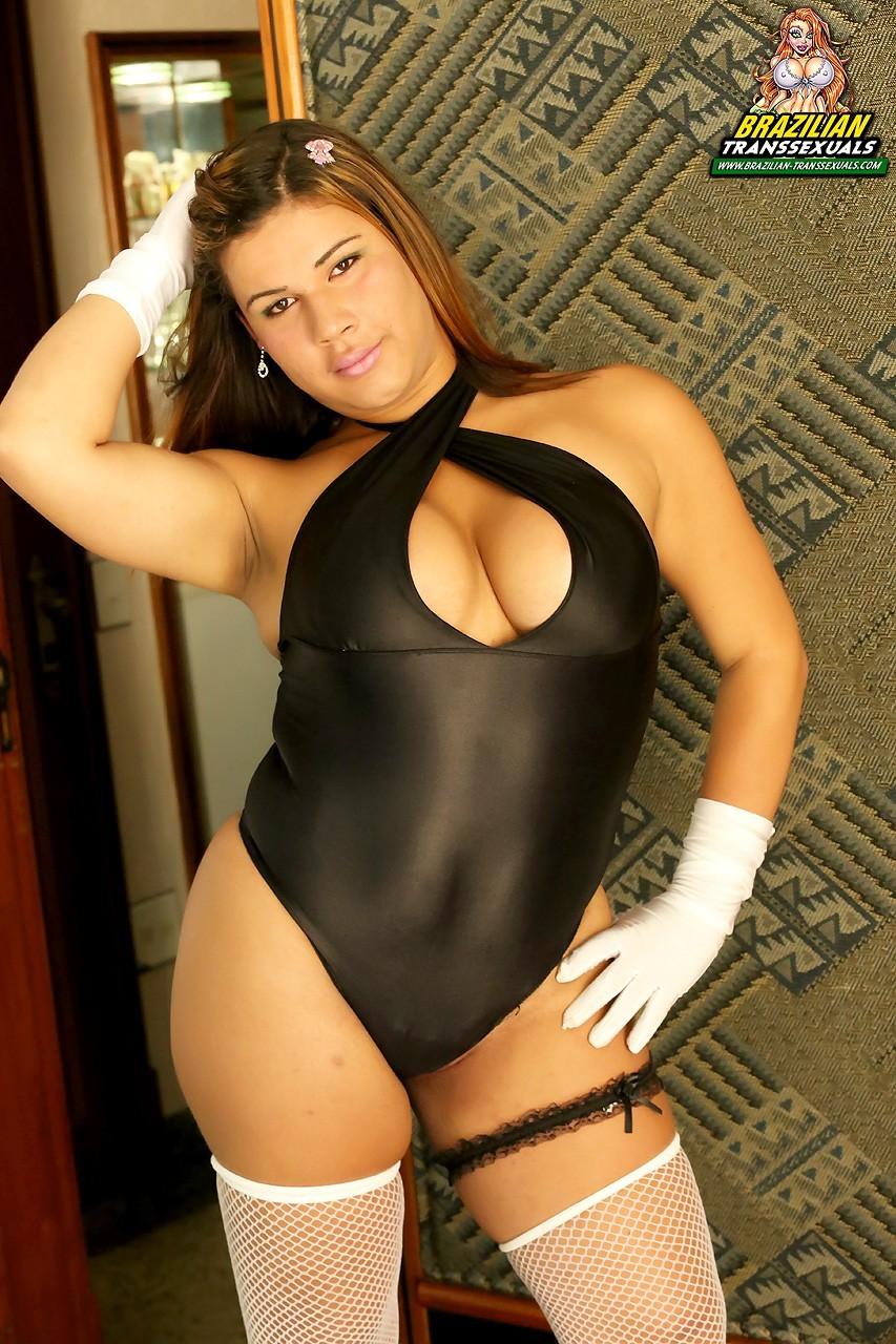 Spicy Julia Lima Posing In Stockings - Braz
